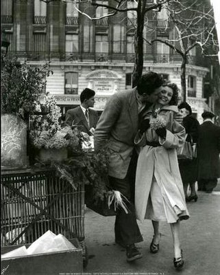 old-black-and-white-romantic-photos