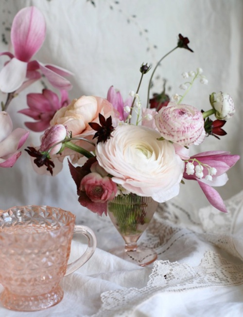 DesignSponge_VdayFlowers2